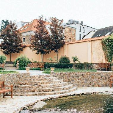 savoia-castle-2.jpg